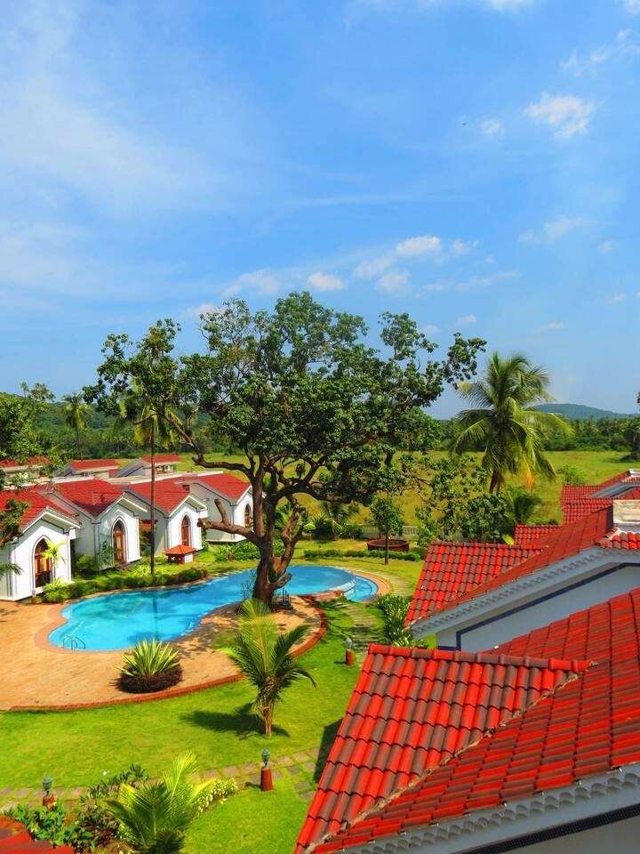 ★Tranquil 1 BHK★ with Pool & Sunrise View Balcony - Siolim