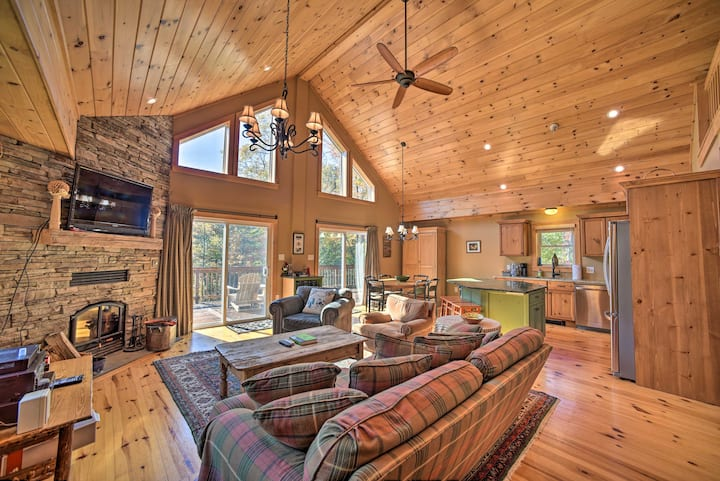 Luxe Family Home 2Mi to Windham Mountain & Resort