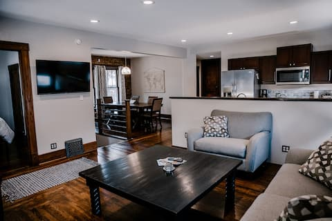 Corporate housing-offering weekly and monthly discounts!