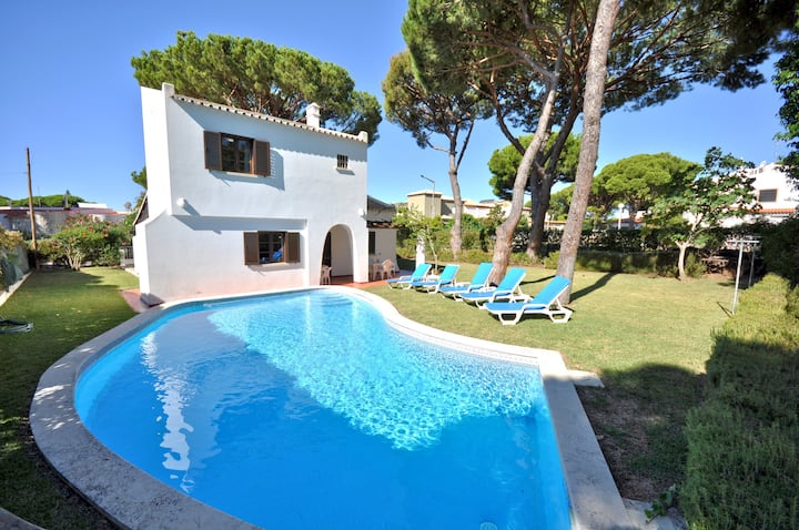 Private Pool villa, Walking distance to the centre, Golf Facing