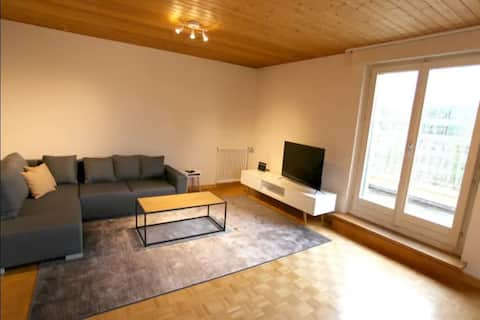 ✮Free Parking✮ Business Apt for 6, 15' to DT!