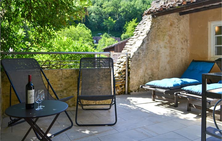 Nice home in Mauzac Grand Castang with WiFi and 3 Bedrooms