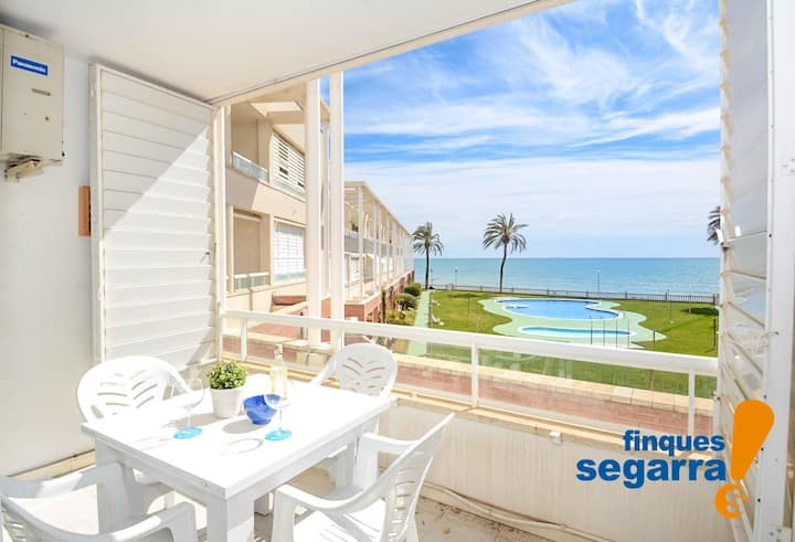 FINQUES SEGARRA - 2 bedroom apartment on the seafront