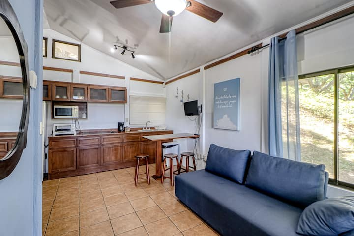Delightful cabin in Atenas with terrace, garden view, and shared pool!