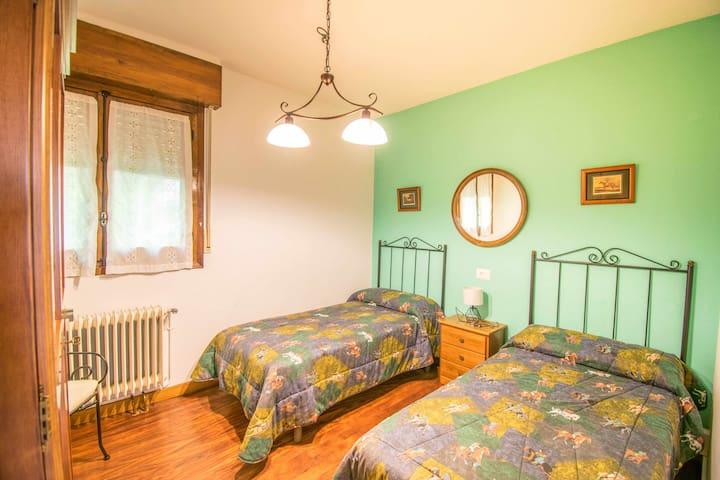 Acogedora habitación con camas individuales