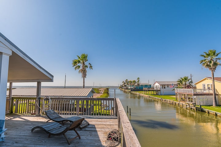 Brazoria Christmas 2021 Great Canal Home Close To Christmas Bay Houses For Rent In Brazoria County Texas United States