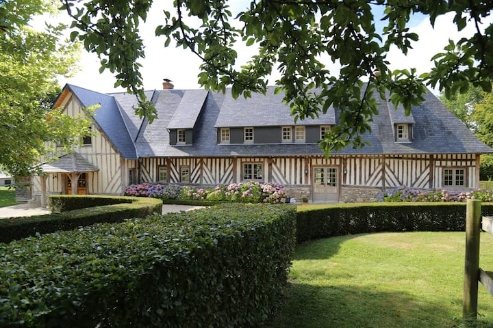 Splendid 7 bedroom Villa in Le Mesnil-sur-Blangy Q