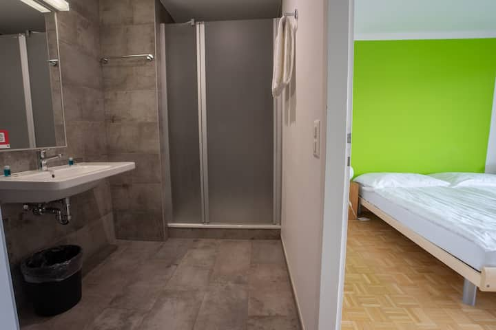 Double private Room (2 single beds)