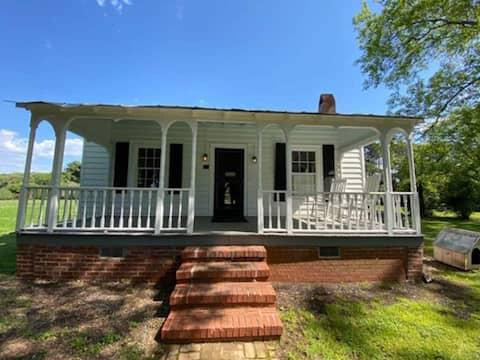 Casa de campo histórica aconchegante em Brookfield Estate