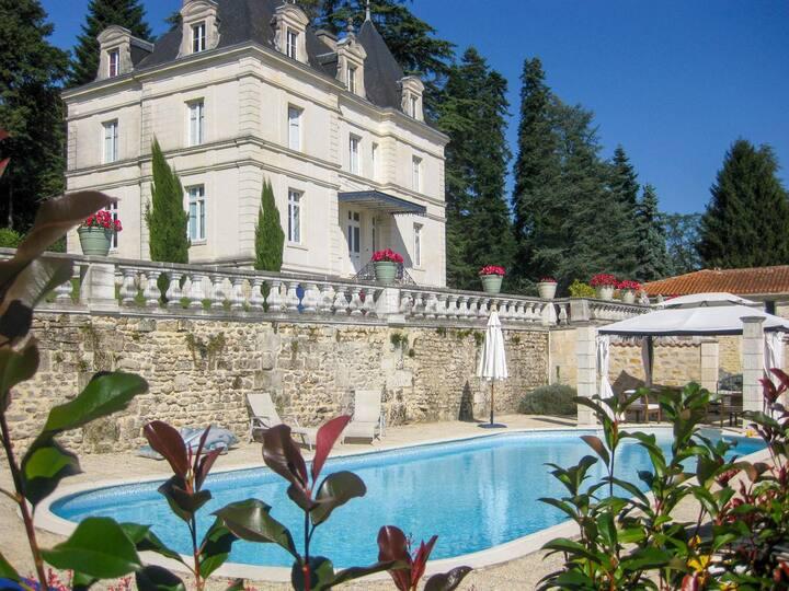 Chateau Du Mas at Nouvelle-Aquitaine