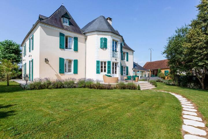 Maison du Sel Royale at Nouvelle-Aquitaine
