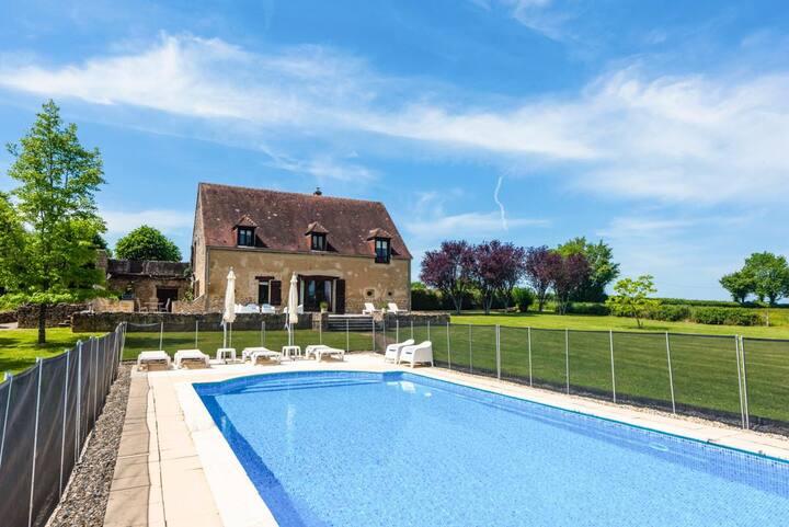 Maison Bourguignonne at Bourgogne-Franche-Comté