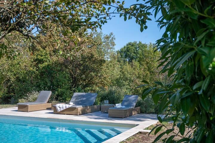 Peach Cottage at Nouvelle-Aquitaine