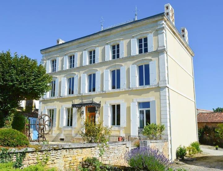 Maison Charente at Nouvelle-Aquitaine