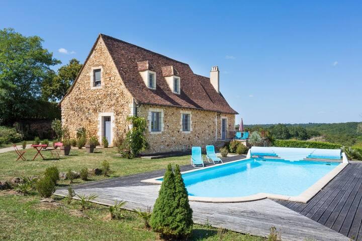 La Maisonnette  at Nouvelle-Aquitaine