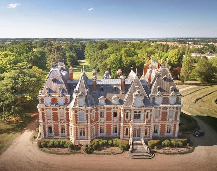 Chateau Des Dynasties at Pays de la Loire