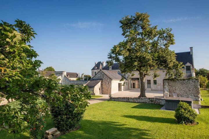 Le Clos Lumiere at Centre-Val de Loire