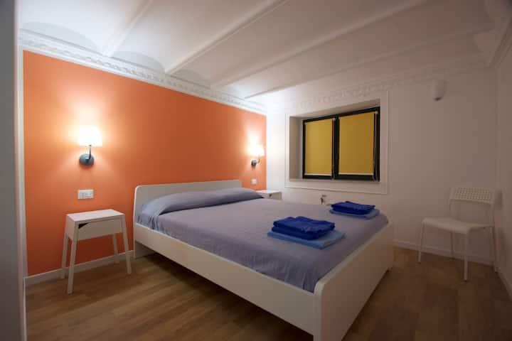 """Private Room """"a"""" - B&b Home Maletto"""