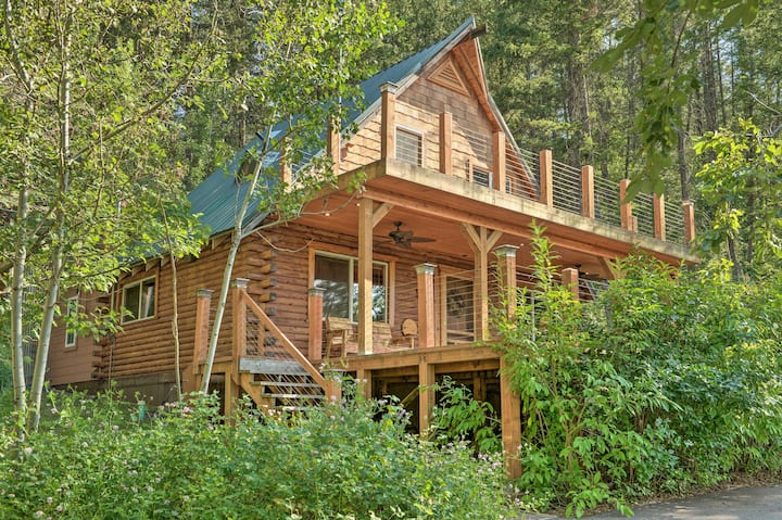NEW! Alpine Adventures: Log Cabin w/ Deck & Views!