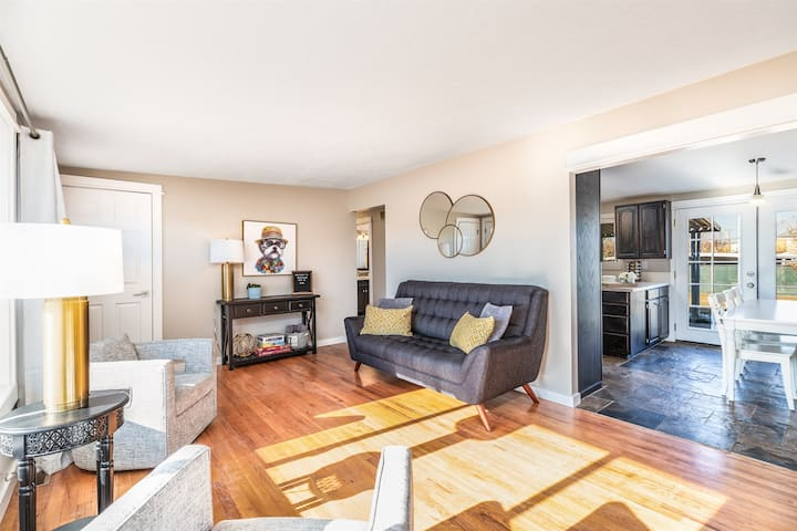 Beautiful4bd/DogPetWelcome/Central/Ski/Dining/Shop