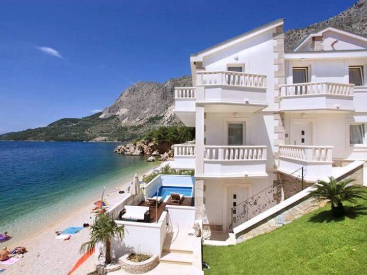 Villa Morro at Splitsko-dalmatinska županija