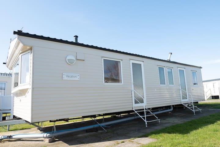 8 berth caravan for hire at Naze Marine holiday park ref 17015D