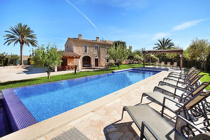 Villa Calonge  at Illes Balears