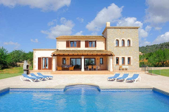 Villa Mondee at Illes Balears