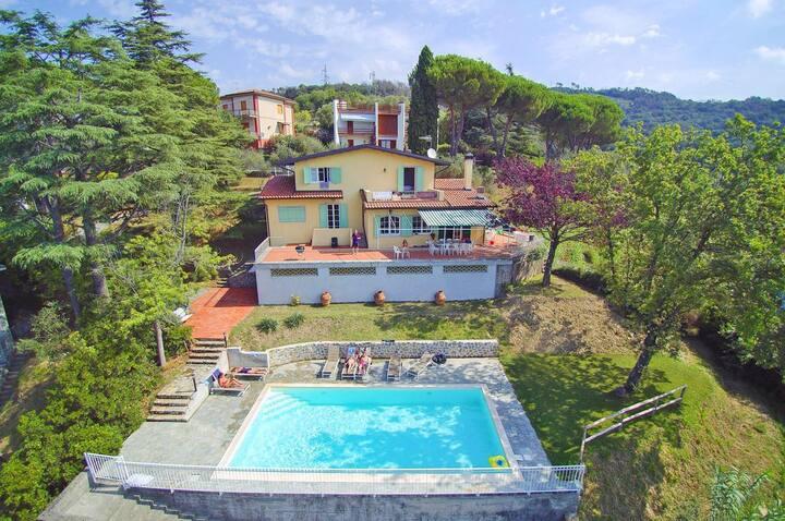 Villa Nocturno at Liguria