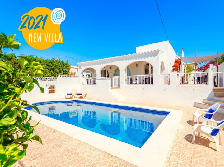 Villa Yolanda with private pool
