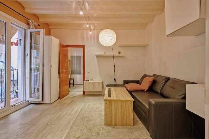 Super Centric Barceloneta apartment