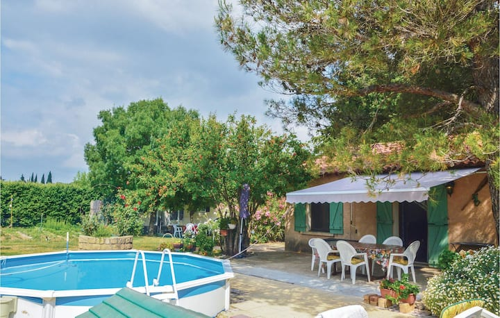 Amazing home in FONTVIEILLE with WiFi, Outdoor swimming pool and 2 Bedrooms