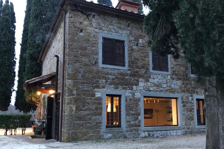 """Holiday Home """"Villa La Casaccia"""" with Lake View, Shared Garden & Terrace; Parking Available, Pets Allowed"""