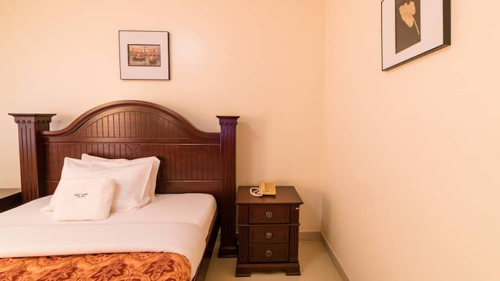 Trendy Deluxe Double Rooms In Masaka - 2