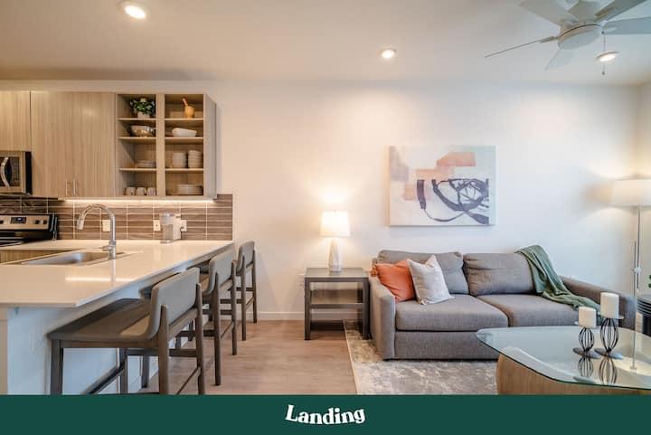 Landing | Modern Apartment with Amazing Amenities (ID3310)