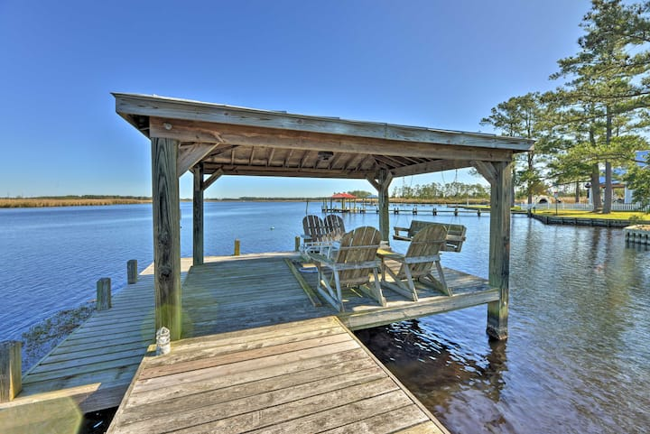 NEW! Waterfront Belhaven House & Cottage w/ Dock!