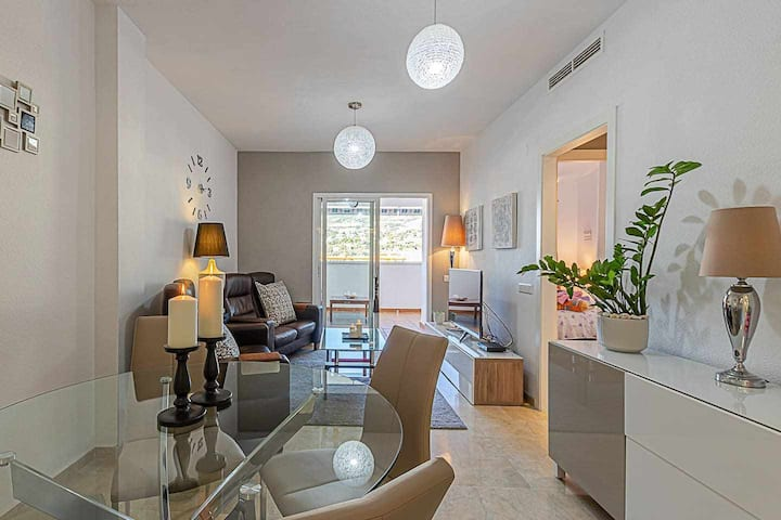 Comfortable apartment for 6 with large terrace