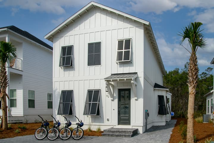 BRAND NEW Home! Work or Learn from the Beach! 4 Bikes! Beach Items!- Sandy Bottoms at Inlet Beach