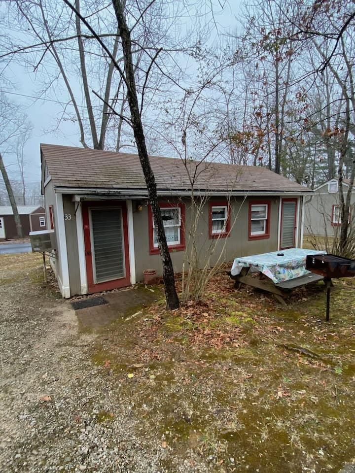 Affordable Cabin by Kentucky Lake with Kitchen #33