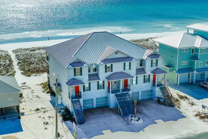 "Luxury Beachfront Living at ""Shellendipity"" - Breathtaking Ocean Views Of The Gulf of Mexico!"