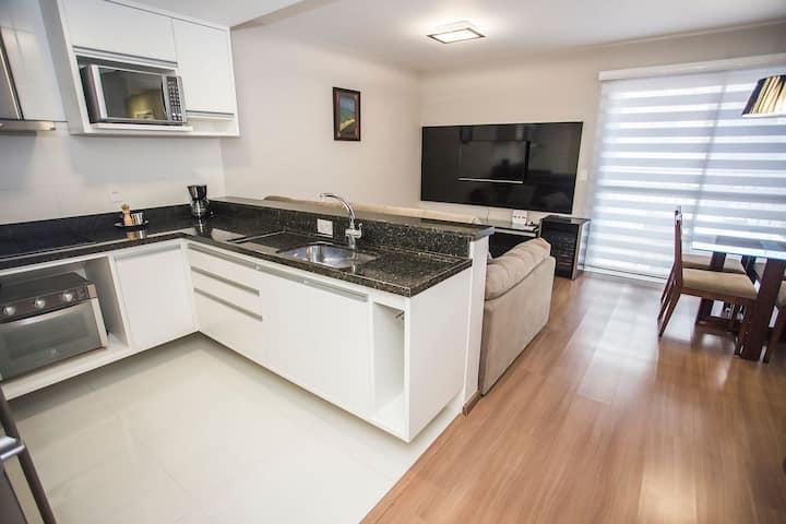 Apartamento de 2 Quartos no Centro - HUB1006A