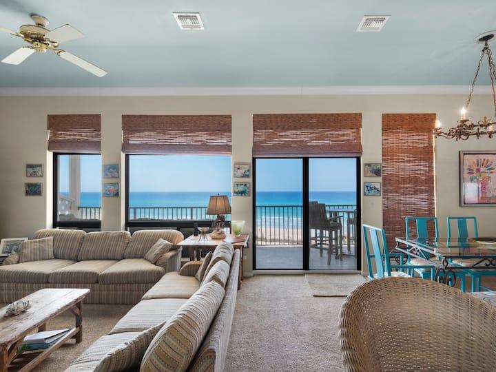 Incredible Views, Luxury Beach Front, Top Floor, Heated Pool, Private Beach Walk