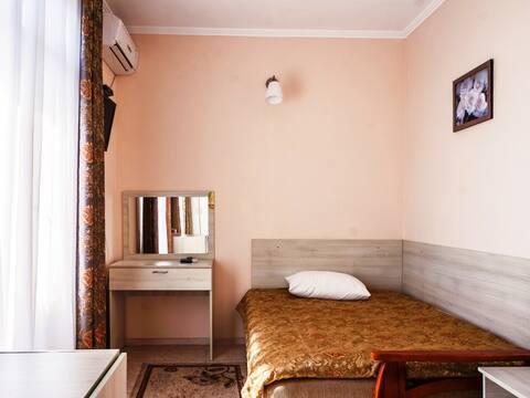 غرفة نوم واحدة. بيت الضيف تشيكا