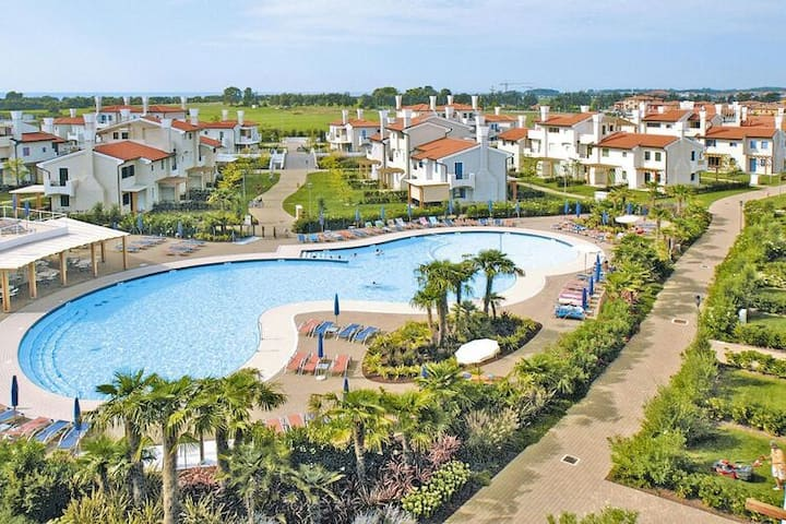 4 star holiday home in Lido Altanea Est