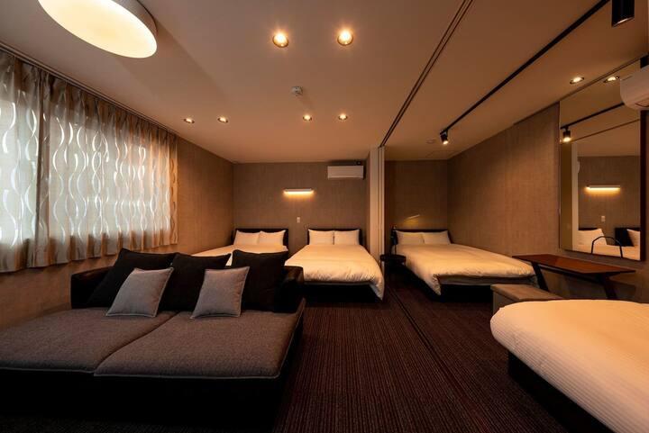 【新築一軒家の2F貸切】White Crystal RoomB(3~8名)プロジェクター付☆一棟貸可