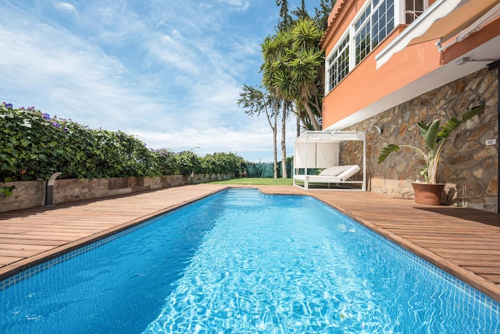 """""""Loft la Matanza"""" with Sea View, Mountain View, Pool, Fast Wi-Fi, Terrace & Garden; Parking Available, Pets Allowed"""