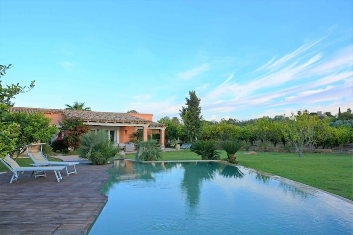 Modern 3 BR Villa With Inviting Pool