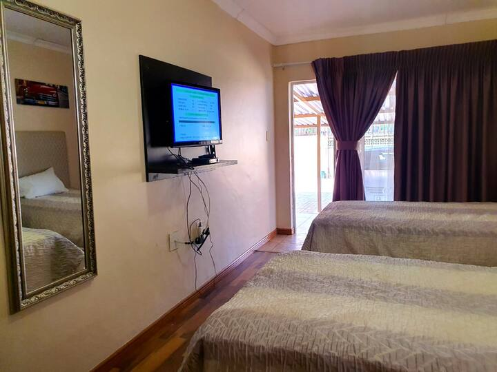 Double Room in Tenacity Guesthouse