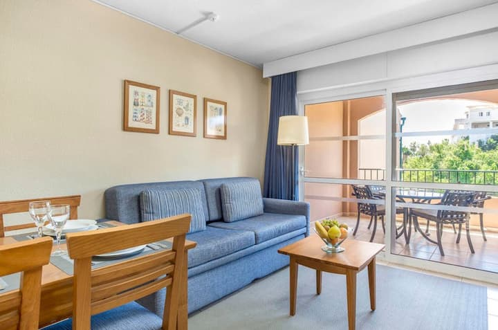 Ideal Location! Bright Apartment on the Costa del Sol | Air-Conditioning + Parking