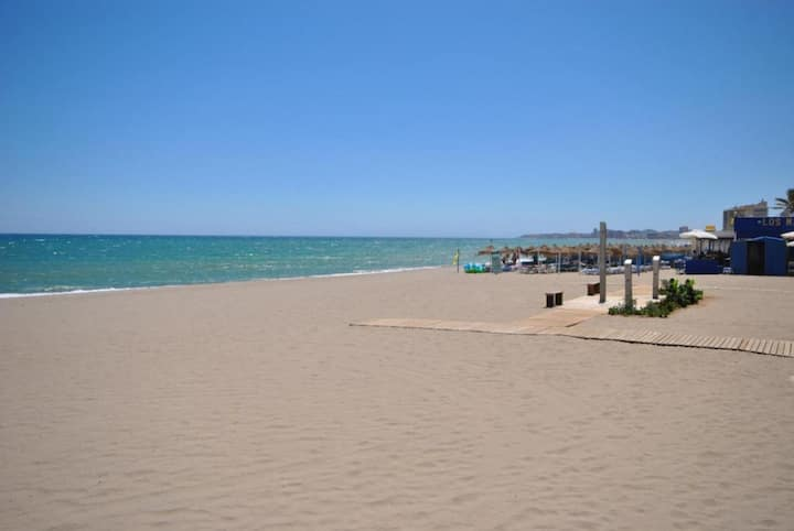 LUXURY COLLECTION - FUENGIROLA CENTRE, MODERN 3 BEDROOM APARTMENT
